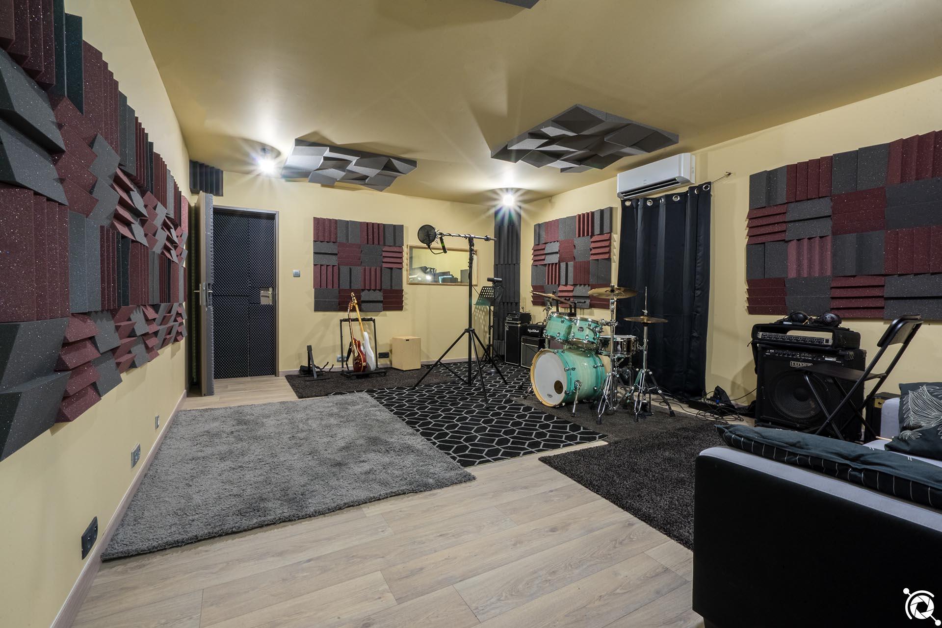 Loic Journo - studio_grande_salle